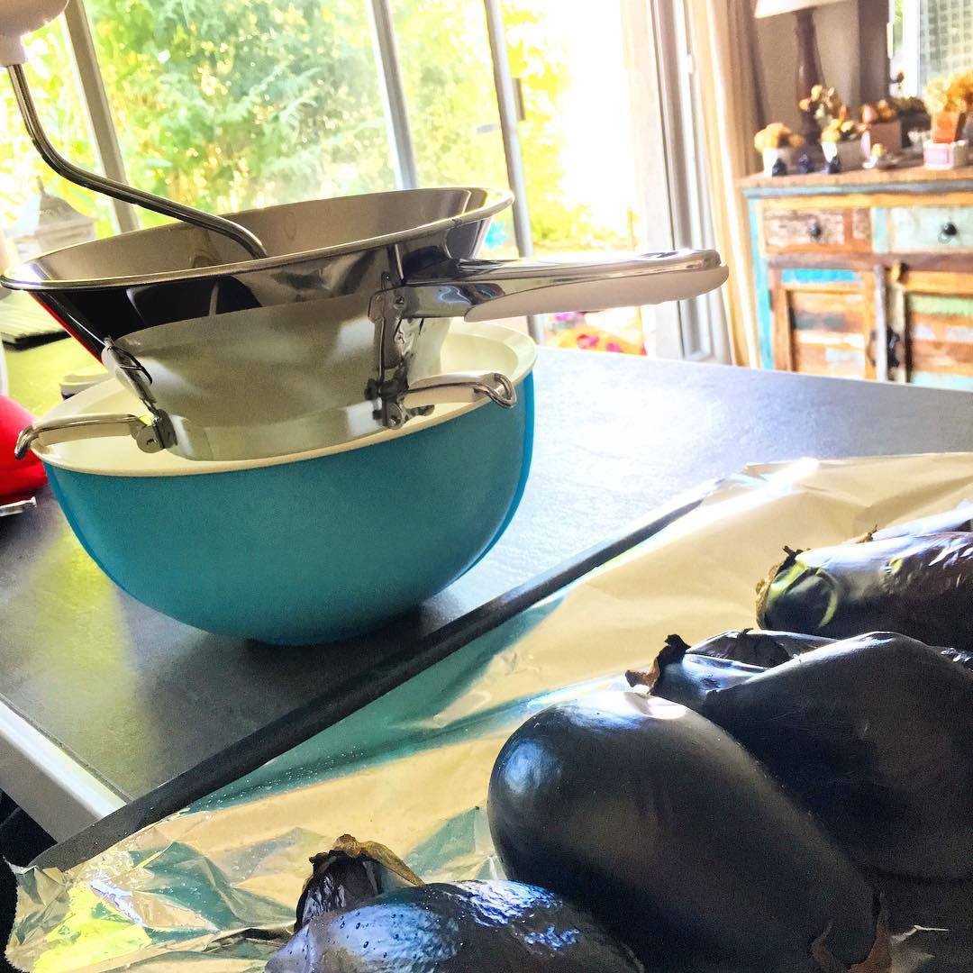 Caviar d'aubergines avec le moulin de ma grand-mère 🌳🌞 ️