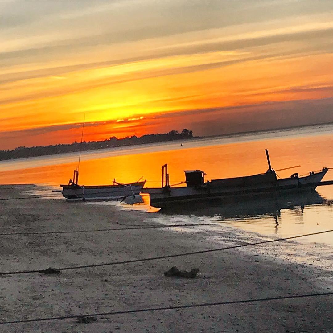 Sur les plages de ⛱ ️ ️