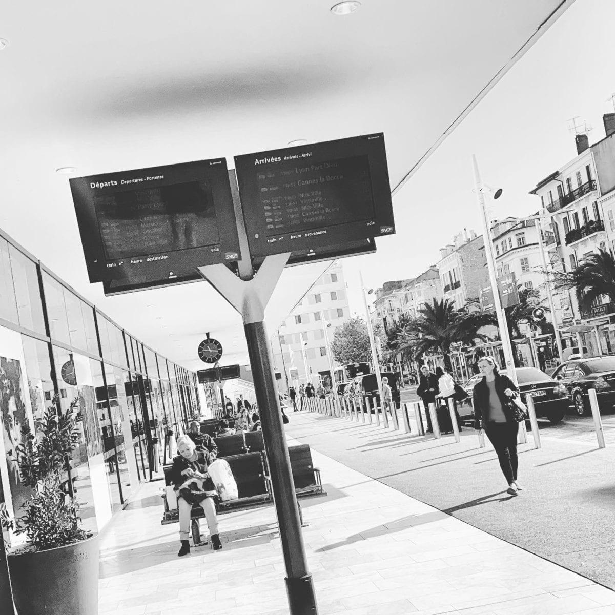 Cannes : direction ? ️ Dans les rues de ️⛱♂️ ️