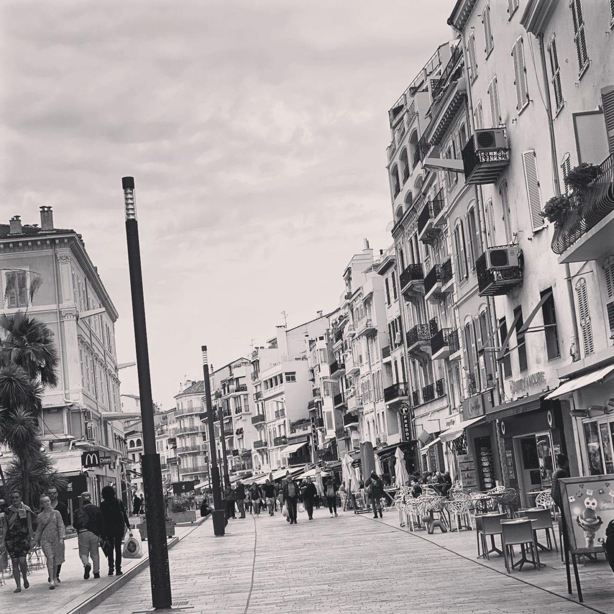Dans les rues de ️⛱♂️ ️